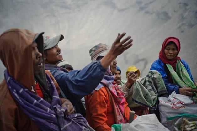 Yadnya Kasada. Mount Bromo, Indonesia. August 2011 © Budi N.D. Dharmawan